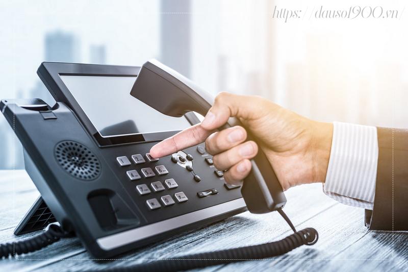 Tổng đài điện thoại IP là gì? Tại sao điện thoại IP cần thiết cho doanh nghiệp?